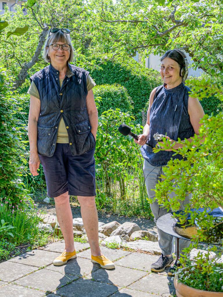 Måndag 7 juni var Anki Wenster för Odla med P1 här och gjorde ett reportage om regnvatten i trädgården. Programmet sänds senare i sommar.